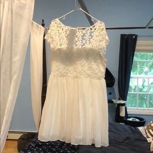 White lace baby doll dress, size 18
